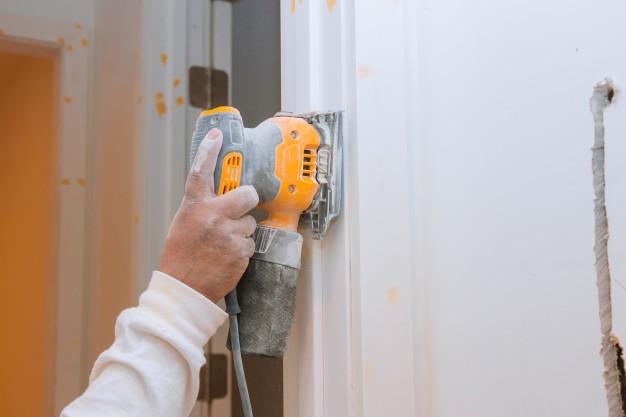 Minimize Commercial Door Repair