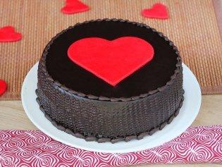Fondant Heart Truffle Cake