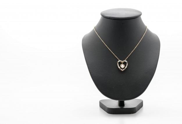 Chainlink diamond jewelry