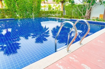 Swimming Pool Cleaning and Maintenance