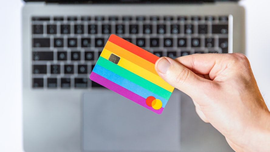 Is using a fake credit card illegal?