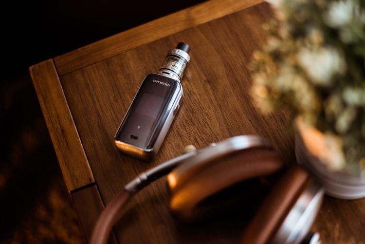 Choosing the Best E-Cigarette Wholesale Canada