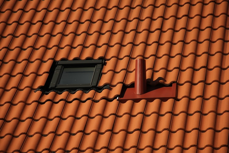 4 Warning Signs Of The Problematic Repair Need Roof
