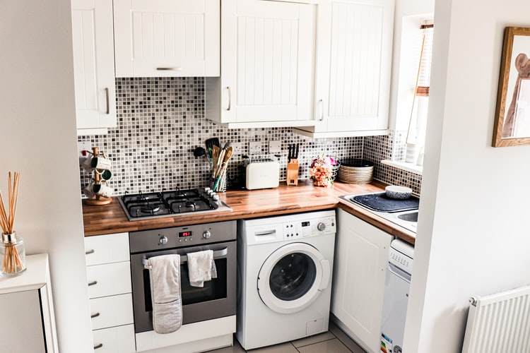 Small Kitchens – Little Clumsy But Essential: