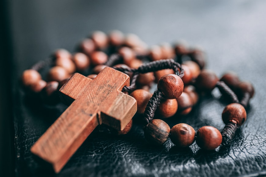 5 different styles of rosary beads