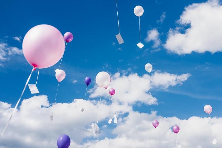 9. Bring along a couple of balloons